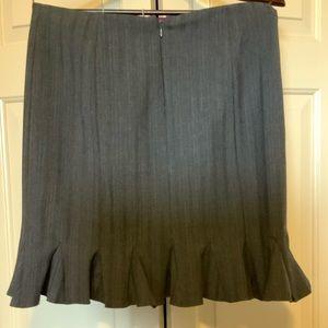 Nanette Lepore grey pinstripe flounce skirt Size 4